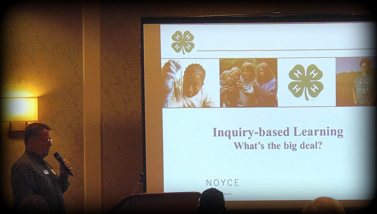 Edward Bender explains the concept of Inquiry-Based Learning during Dive Deeper 2012