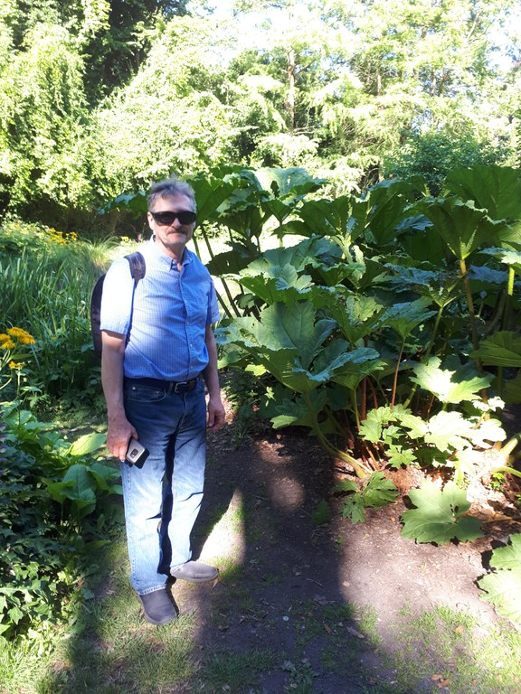 Dr. Carlson at the Göttingen Botanical Garden, 2018