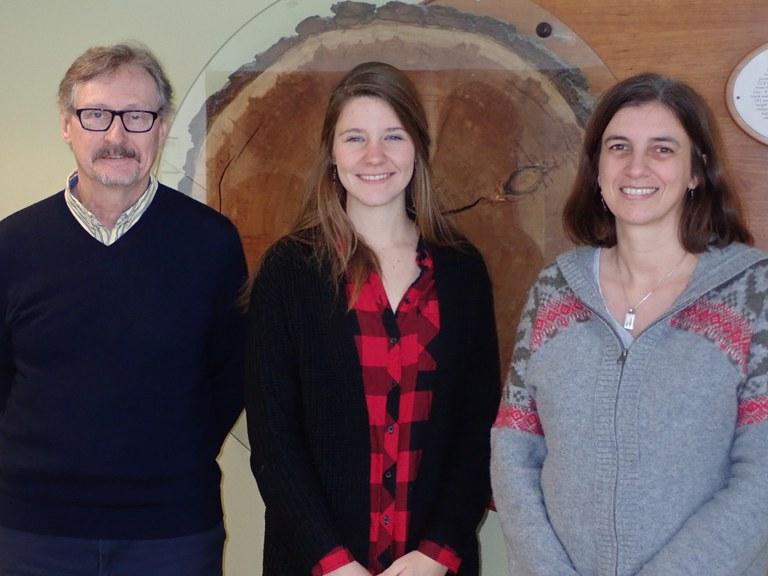 From left to right, Dr. John Carlson, Director of the Schatz Center For Tree Molecular Genetics, Abbigail Jamison, Dr. Laura Leites.